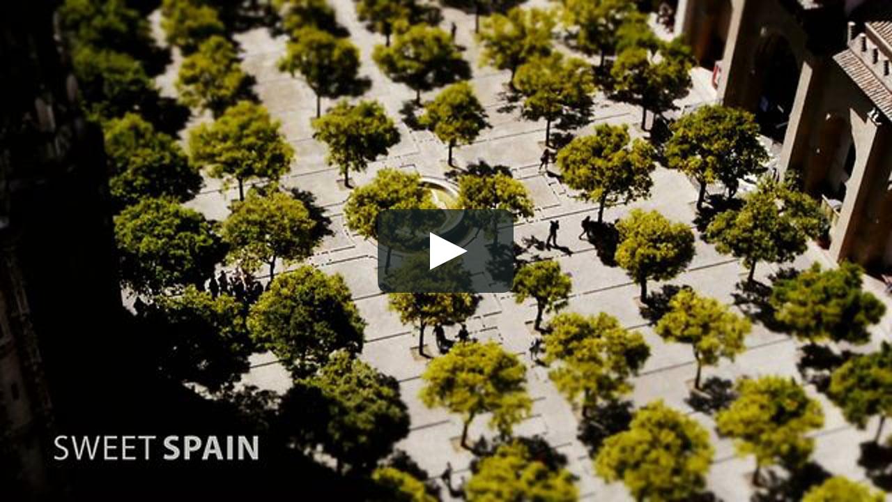 El alemán Joerg Daiber utiliza en 'Sweet Spain' la técnica Tilt-Shift —que crea el efecto de maqueta— a partir de fotografías tomadas en Sevilla, Madrid y en El Chorro, en Málaga.