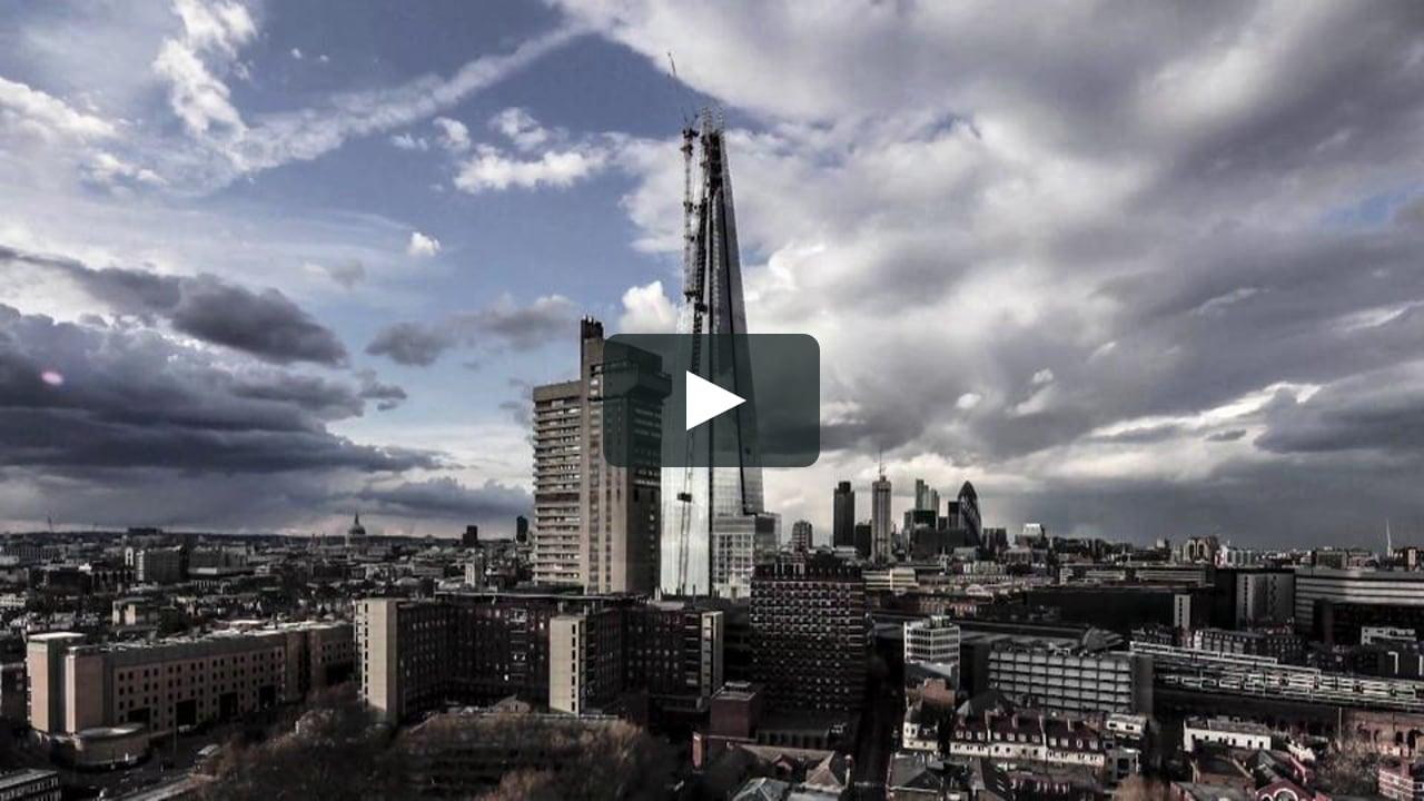 El fotógrafo de arquitectura Paul Raftery y el director Dan Lowe han colaborado en la creación de una película en timelapse que muestra la última fase de la construcción en Londres...
