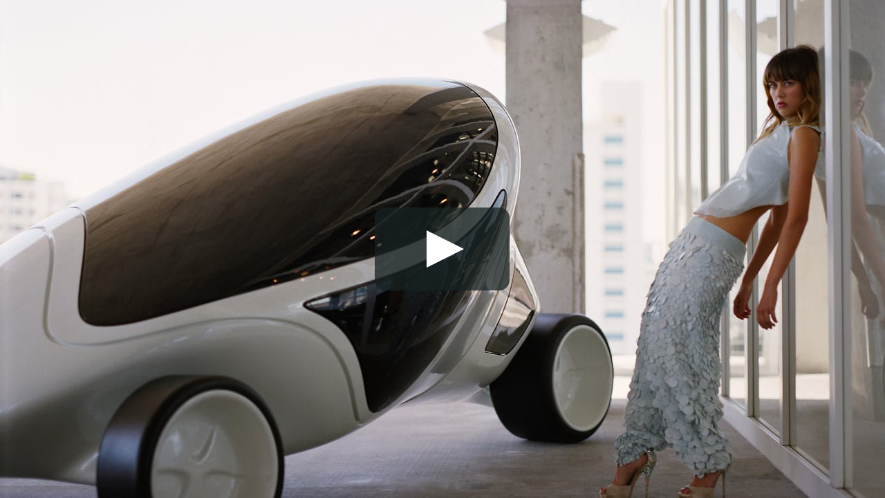 The video Eleven Elven, a finalist in the $200,000 Focus Forward competition, presents the new building of the Swiss partners Herzog & de Meuron in Miami, with its program organized around a parking lot.