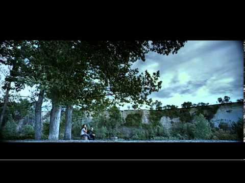 «Como una estación de autobuses entre la vida y la muerte», así se refiere Isabel Coixet al escenario de su última película: el cementerio de Igualada, de Enric Miralles y Carme Pinós, donde está enterrado el arquitecto, fallecido en 2000.